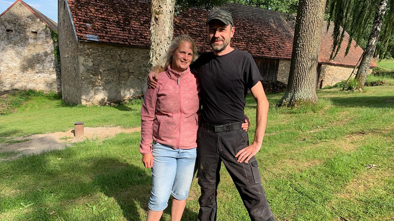 Marjon en Vincent vertrekken naar een Tsjechisch gehucht