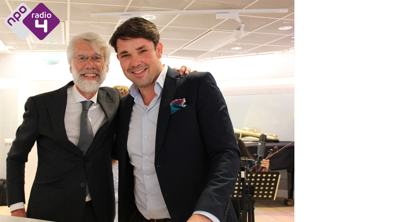 Prof. dr. Erik Scherder en presentator Ab Nieuwdorp