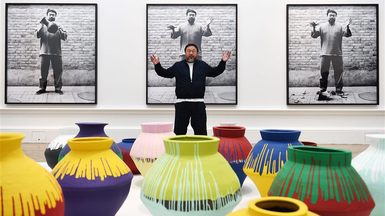 Ai-Weiwei-Coloured-Vases.jpg