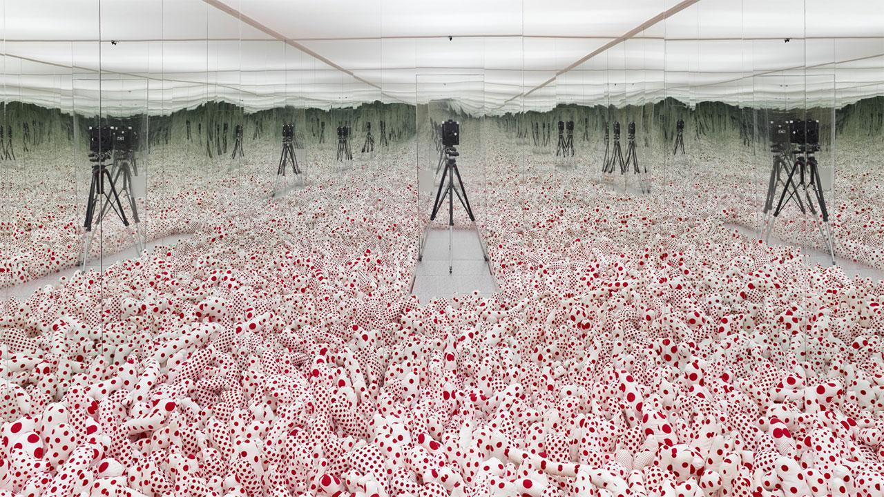 Yayoi-Kusama---Infinity-Mirror-Room-1280.jpg