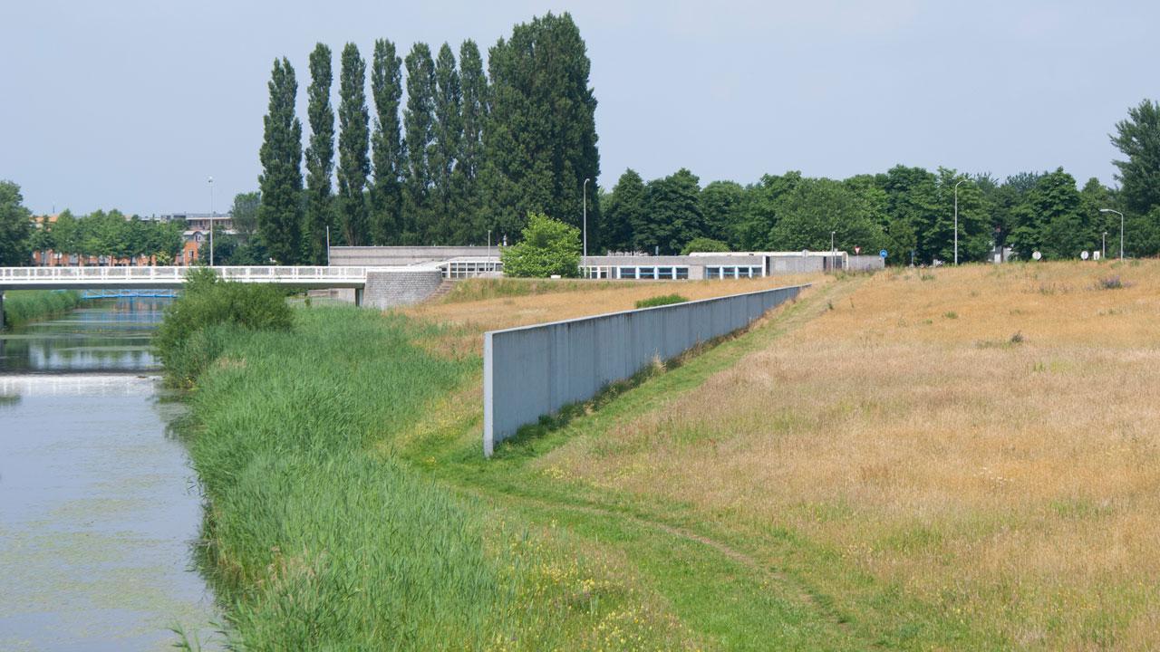 land-art-Daniel-Libeskind---Polderland-Garden-of-Love-and-Fire,-foto-Kelly-Jochems-2.jpg