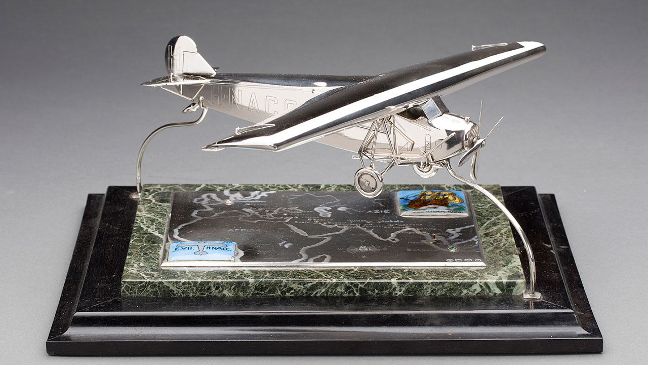 TKK-28-10-MM-zilveren-Fokker-VII.jpg