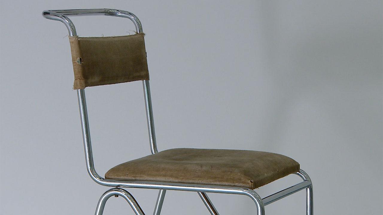 TKKE-stoel-Gispen-Valkhof-Museum.jpg